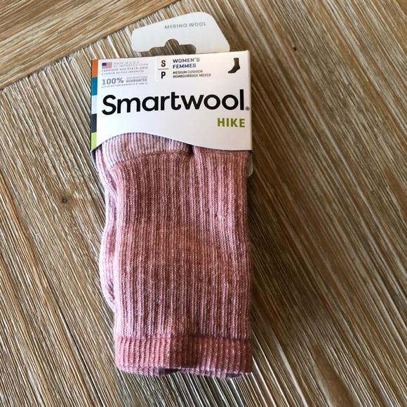 NWT women's smartwool socks size Small